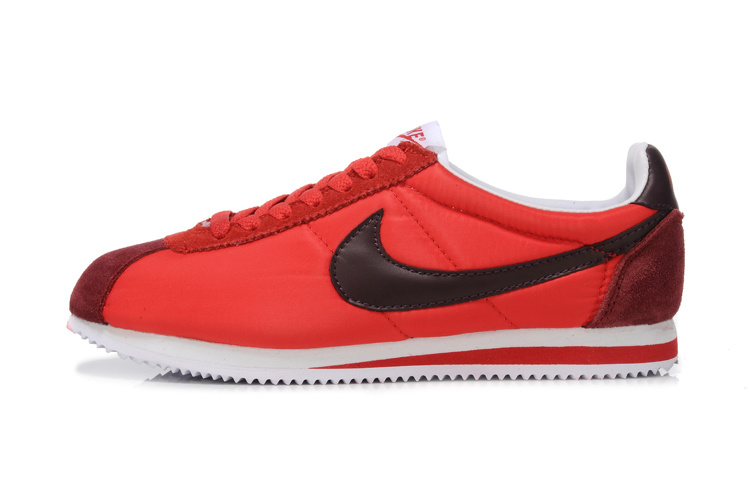 chaussure nike rouge