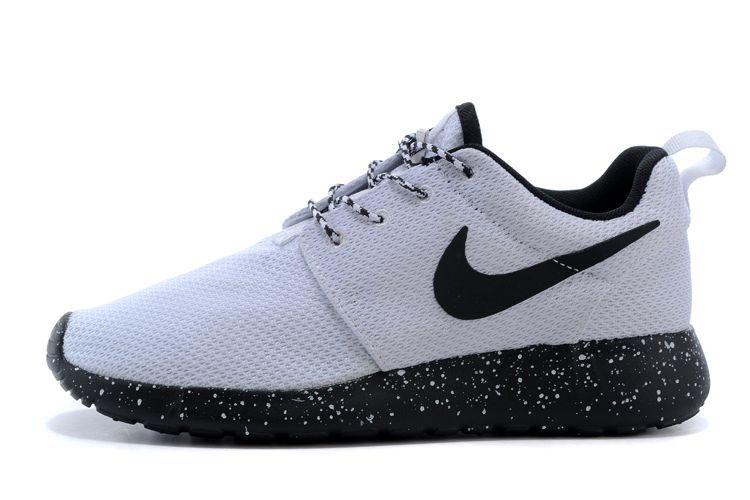 Chaussure Nike Roshe Run Homme